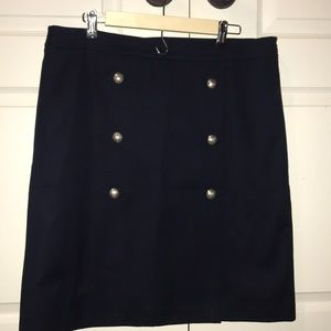 Barely worn navy blue skirt